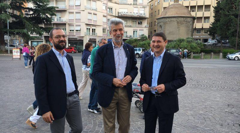 """Dramma nel Pd:  Egidi e Mazzoli, da """"gemelli sposettiani"""" a """"fratelli coltelli"""": la lotta tra Renzi e Orlando fa litigare e divide due vecchi amici"""