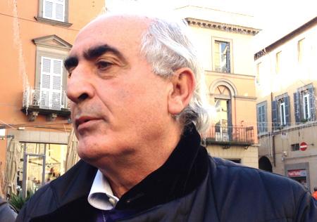 """Alvaro Ricci si ridesta e """"spara"""" : """"Tre milioni di euro per le strade!"""". Sai i voti in  gioco per le elezioni  e le file allo studio di Fioroni?"""