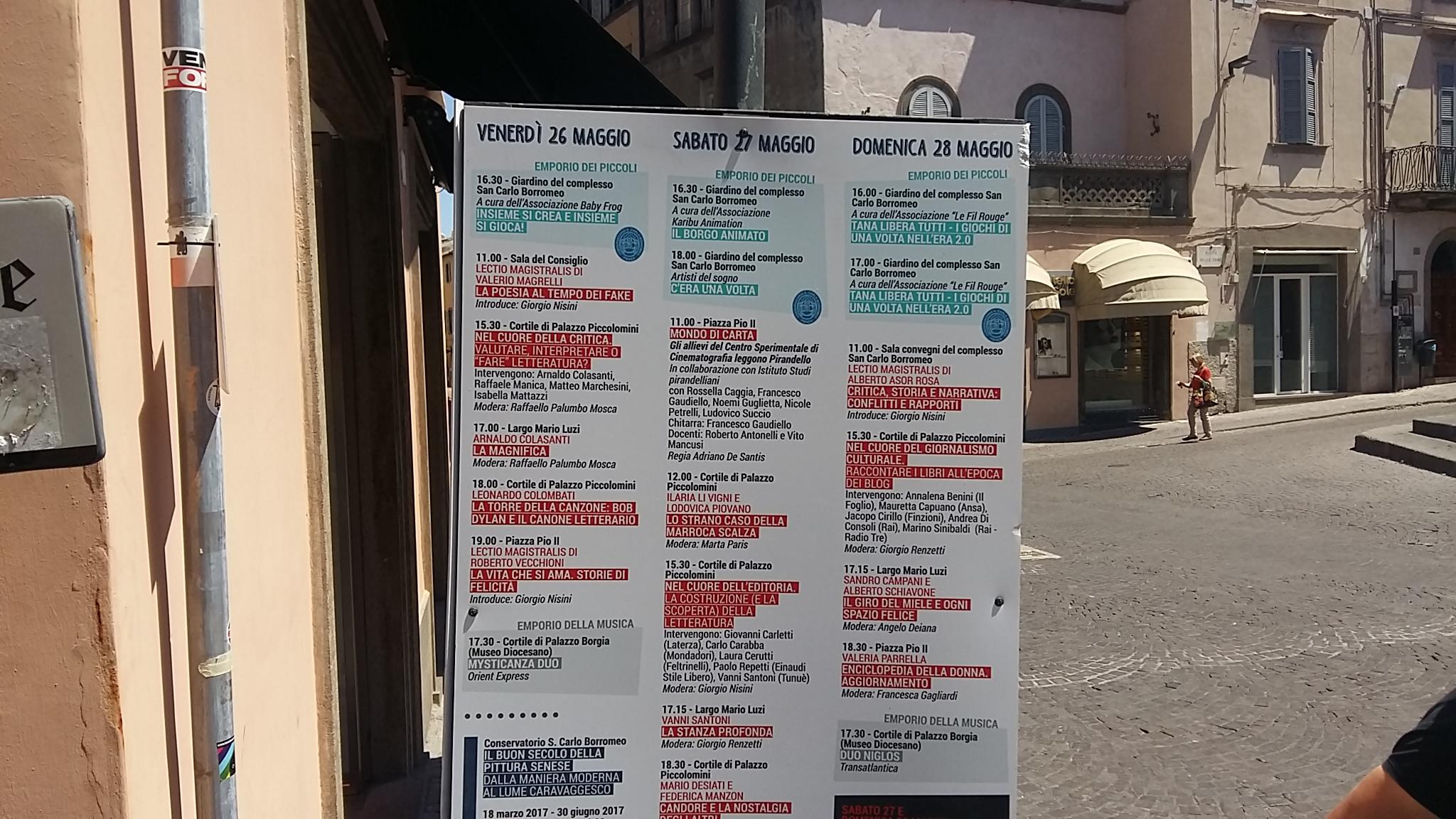 Caffeina, il primo festival retroattivo, che guarda al passato: parte l'edizione di Viterbo, ma escono i manifesti di Pienza (maggio  2017)