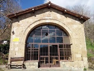 La Tuscia nascosta: le chiesette di campagna attorno a Onano