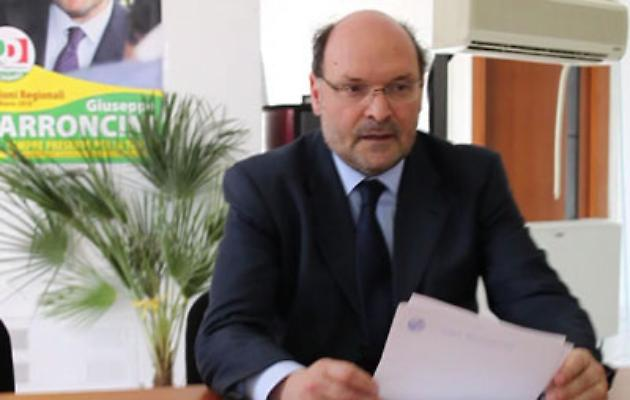 Rinviati a giudizio Giuseppe Parroncini e altri 13 consiglieri Pd del Lazio: l'accusa è di peculato, abuso d'ufficio e corruzione