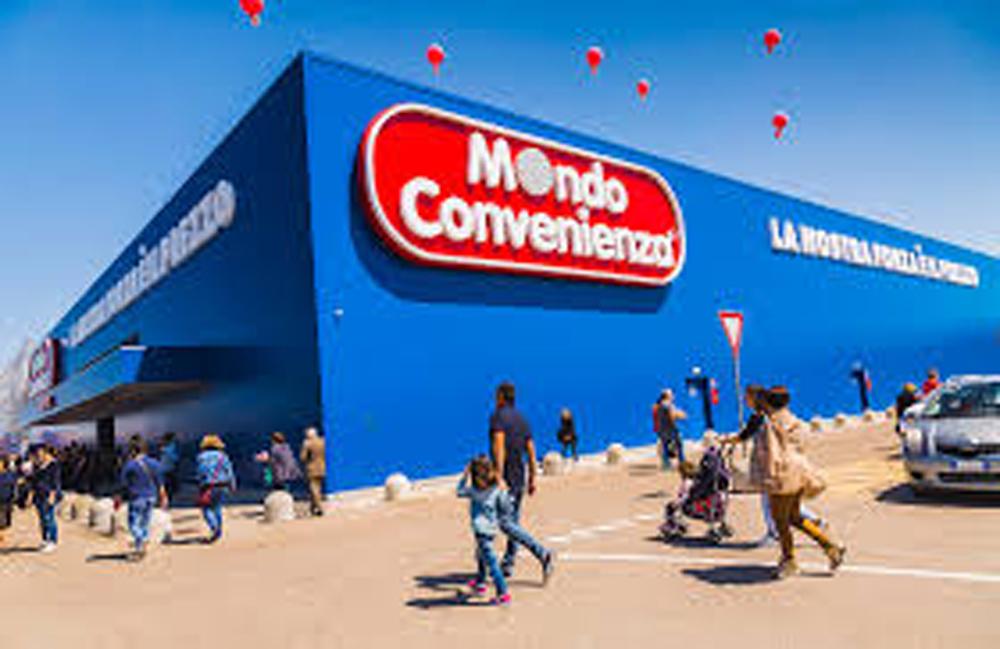 Riapre Mondo Convenienza e Viterbo si blocca: città d'arte o capitale ideale del consumo facile e di supermercati e sagre?