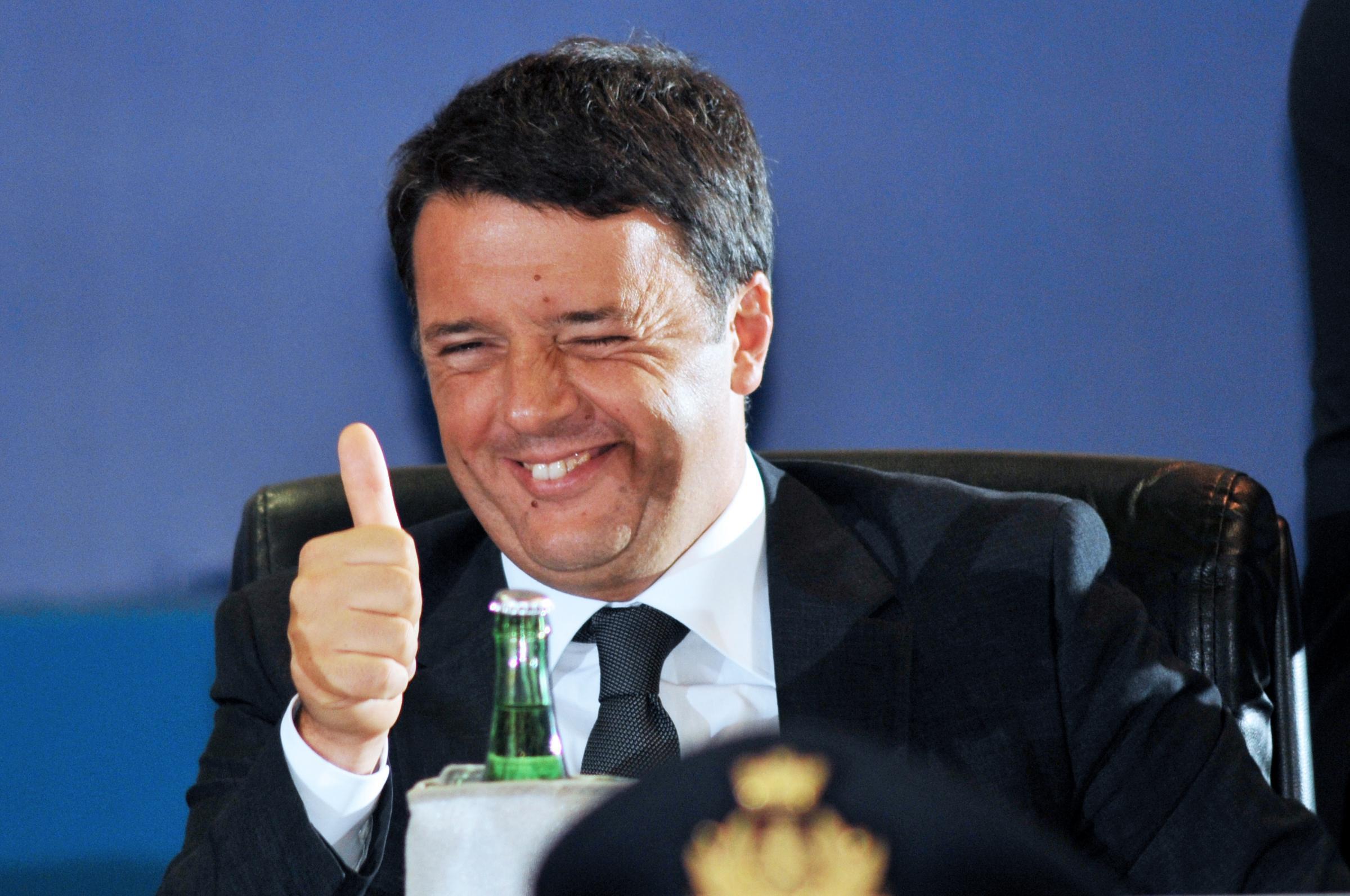 """Renzi in Tuscia: la solita politica dell'""""ottimismo facile"""" e degli """"annunci"""", ma dietro i sorrisi smaglianti il nulla"""