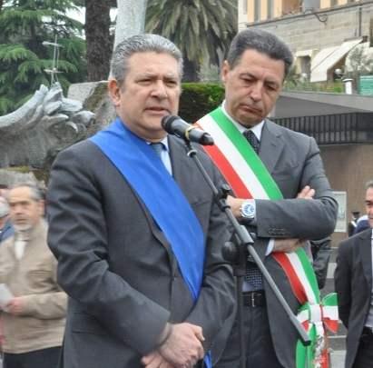 """Passaggio a livello, la soluzione unica fermata Porta Romana: la adottò Gabbianelli, funzionava, eppure il duo Marini- Meroi disse """"No"""", perchè?"""