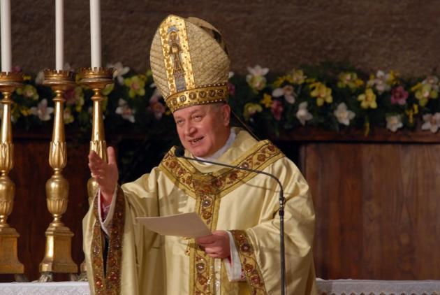 """Fioroni sarà anche un """"imperatore di Viterbo"""" borioso, ma il populismo anti-partiti di un vescovo è inaccettabile"""