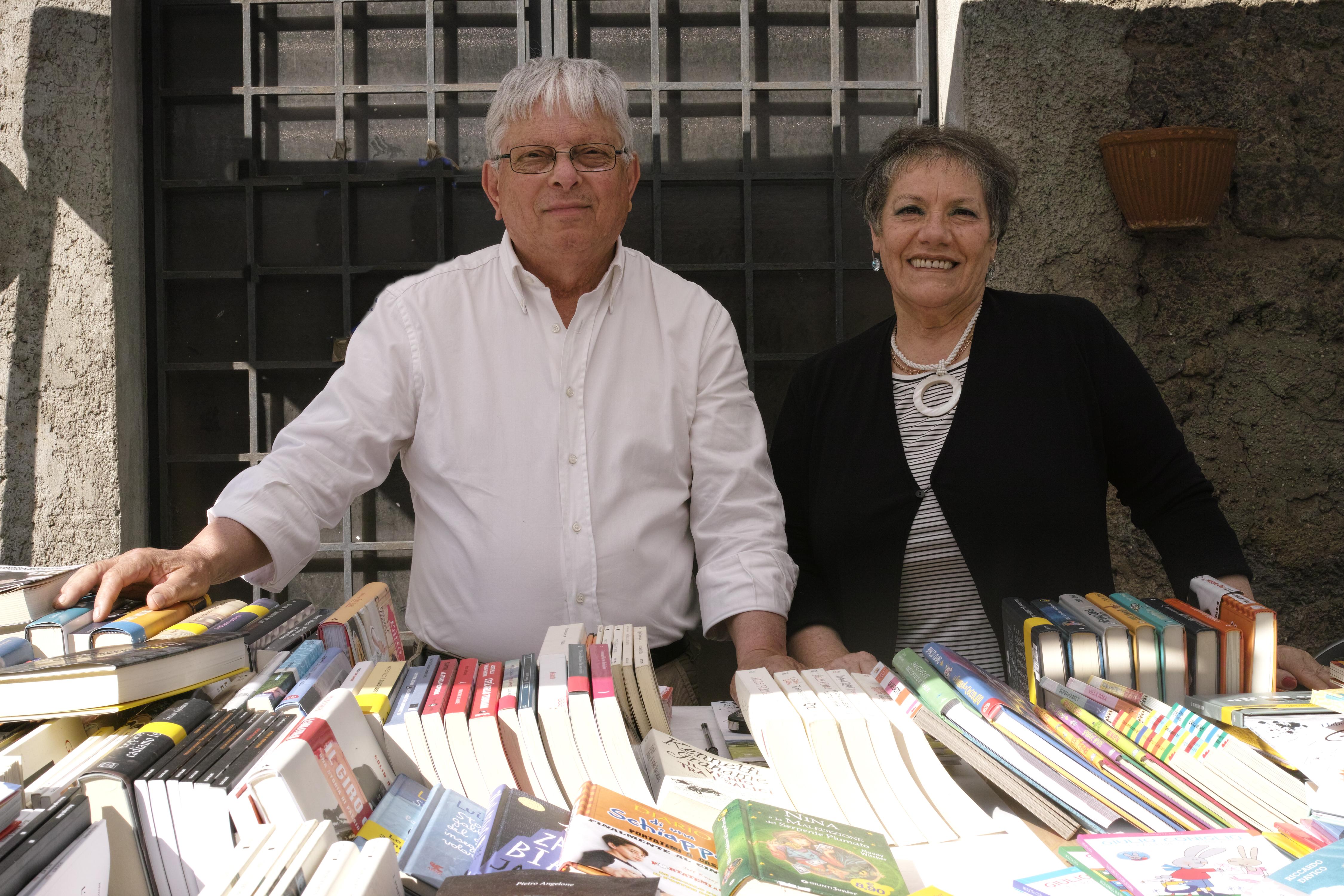 La  Viterbo che resiste: i 40 anni della libreria Fernandez di Via Mazzini, dove signorilità e competenza costituiscono un binomio perfetto