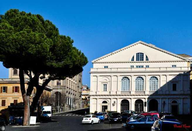 """Rinasce Piazza Verdi per Natale: un luogo d'incontro """"nuovo"""" per una Viterbo futura diversa"""