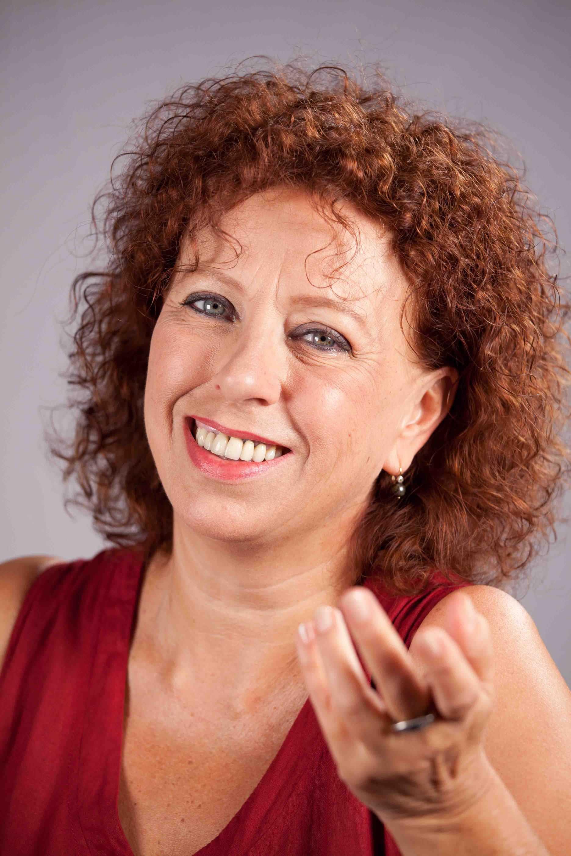 """Teatro: Paola Tiziana Cruciani al Boni di Acquapendente con """"Sugo finto"""", regia di Ennio Coltorti"""