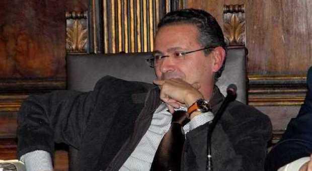 """""""Voglia di Gabbianelli"""", l'unico """"uomo svolta"""" possibile per ridare dignità a Viterbo: l'ex sindaco ha già detto no, ma la città non si arrende"""
