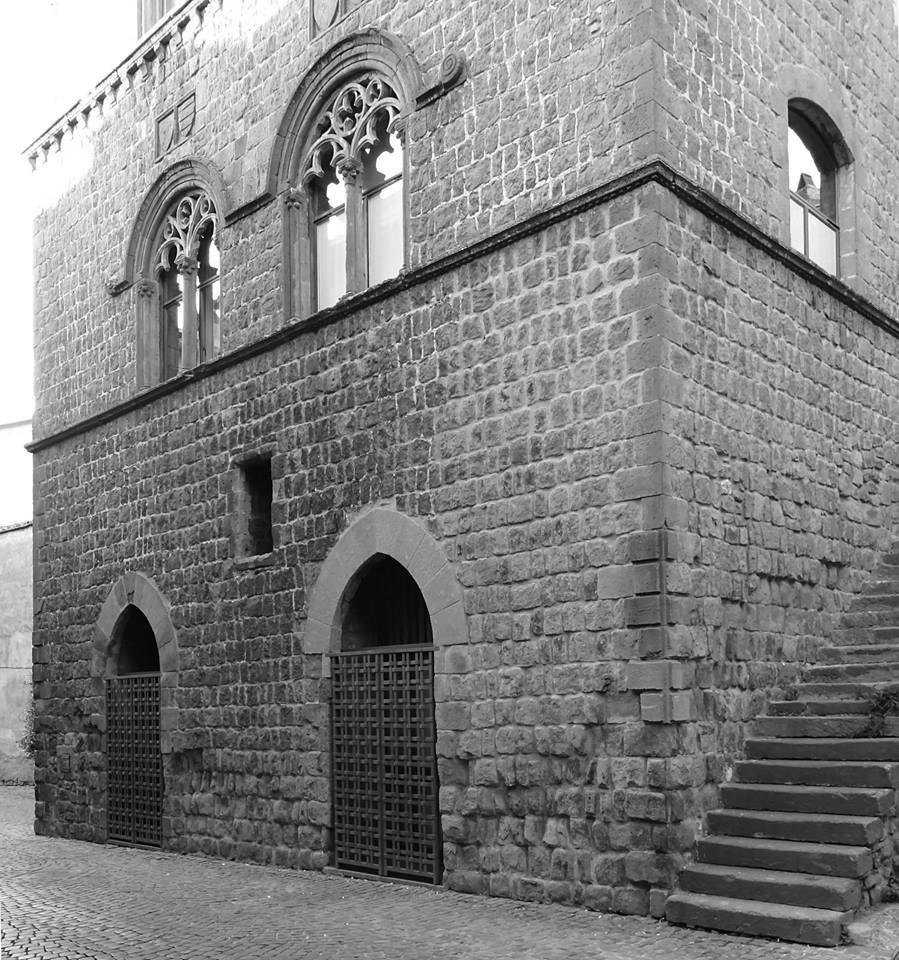 Percorsi urbani: Palazzo Gatti di Via Cardinale La Fontaine