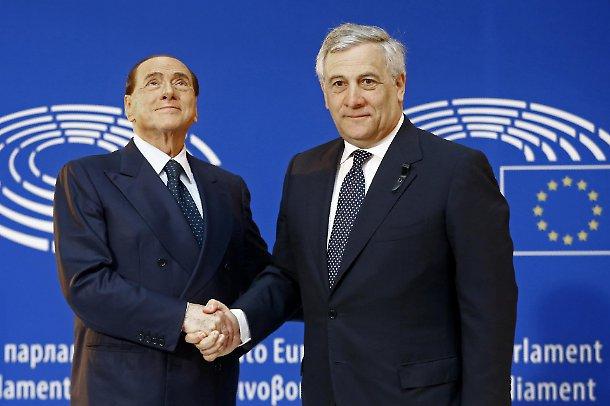 Berlusconi manda in orbita Tajani premier, ma la Meloni non ci sta: prove tecniche di inciucio Pd-Forza Italia