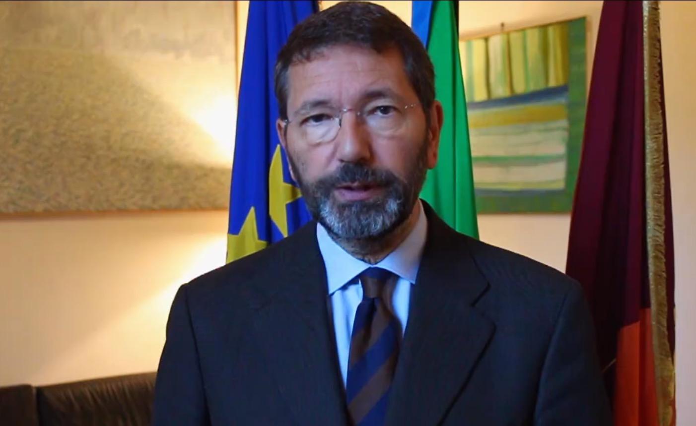 """Caso """"scontrini"""", l'ex sindaco Marino condannato a due anni"""