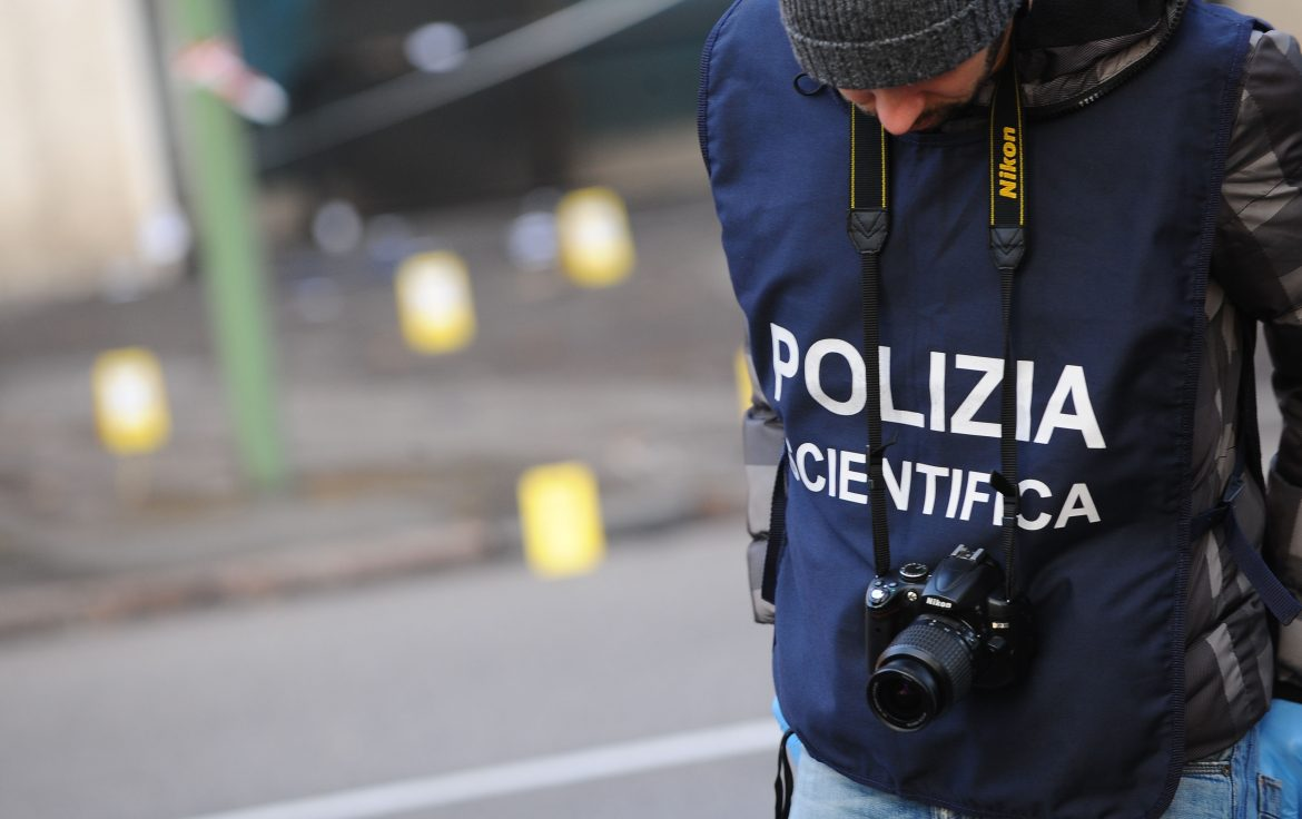 Prostituta uccisa e gettata sui binari: l'assassino un 50enne con precedenti