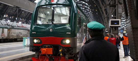 Treni, sempre più difficile la situazione per i pendolari: tante le criticità per 5,5 milioni di viaggiatori