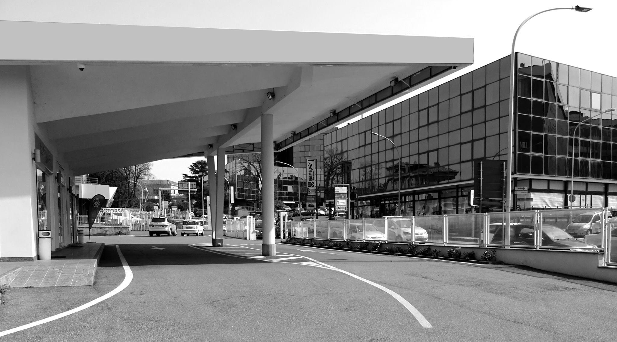 Percorsi urbani: il distributore di carburante di Viale Diaz