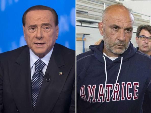 Il caso: tra Berlusconi e Pirozzi finisce a calci nel sedere (di pietra)