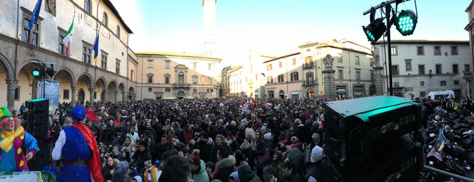 Carnevale viterbese: festa di piazza con 10000 partecipanti e 3500 euro di spese, Matteucci dà un duro colpo alle rassegne a scopo di lucro