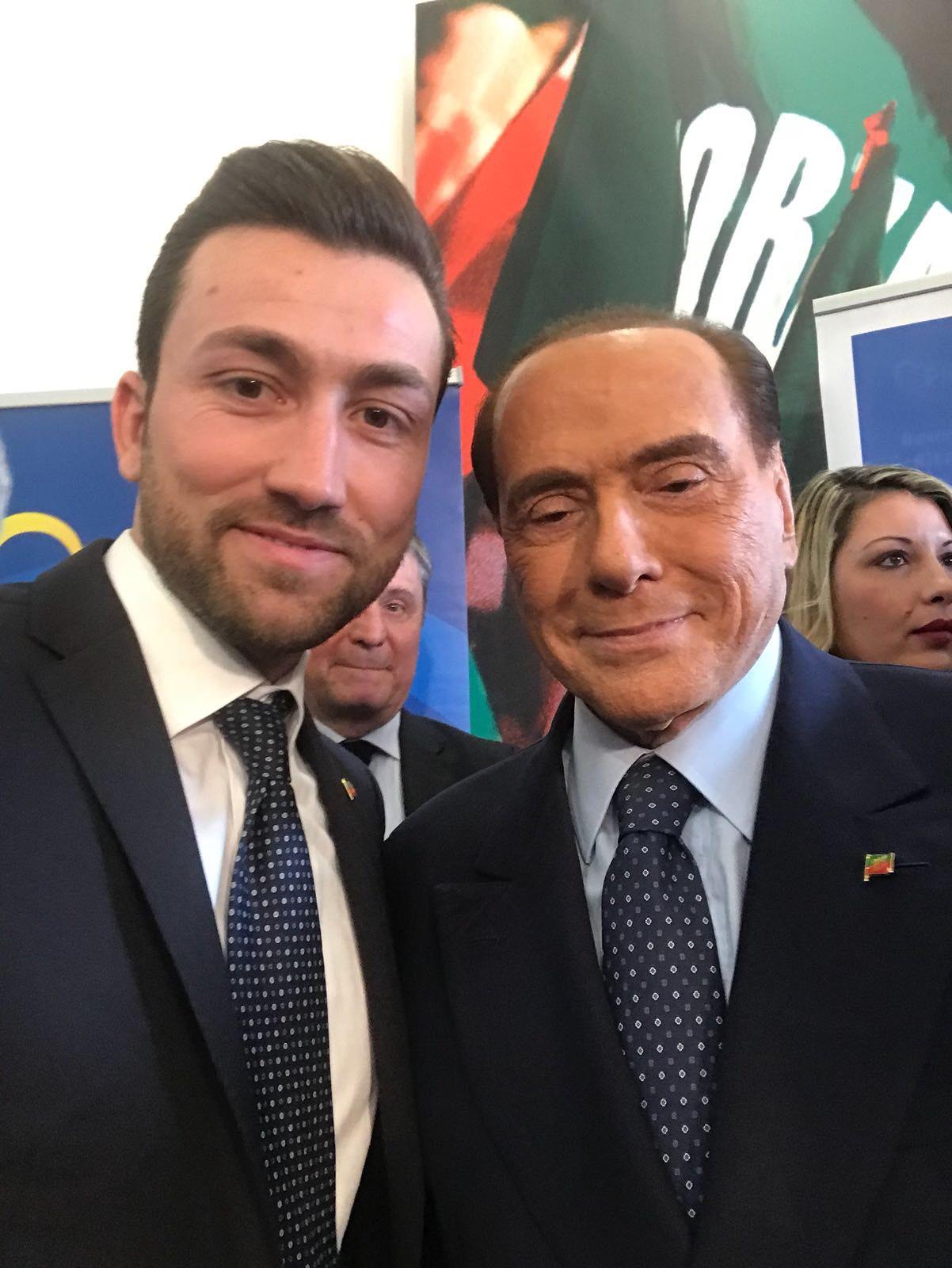 """Verso le politiche: Berlusconi lancia Notazio: """"Rappresenta il futuro di Forza Italia, giovane, serio, preparato"""""""