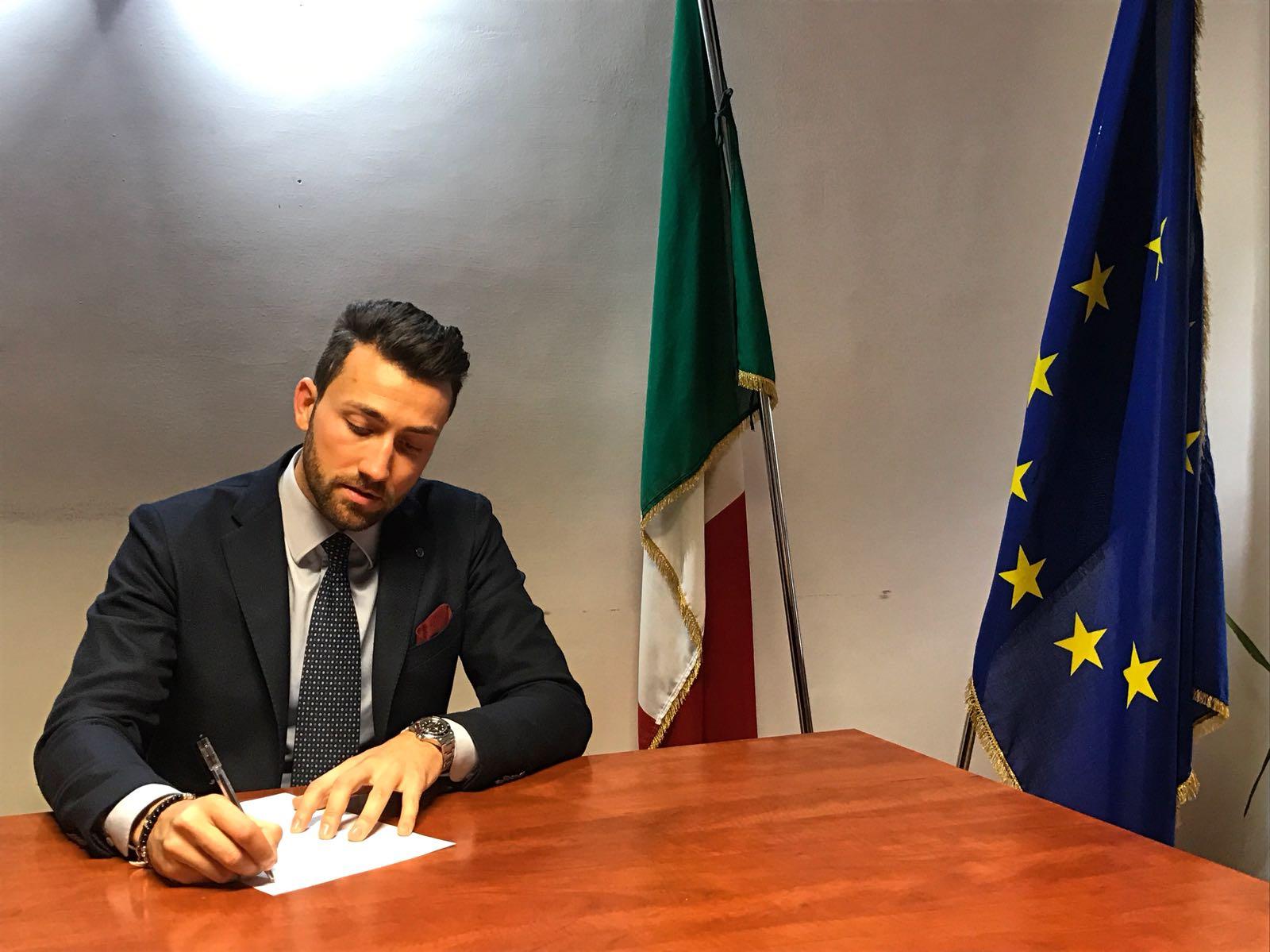 """Verso le politiche: Forza Italia inaugura """"Casa azzurra"""" a Montefiascone"""