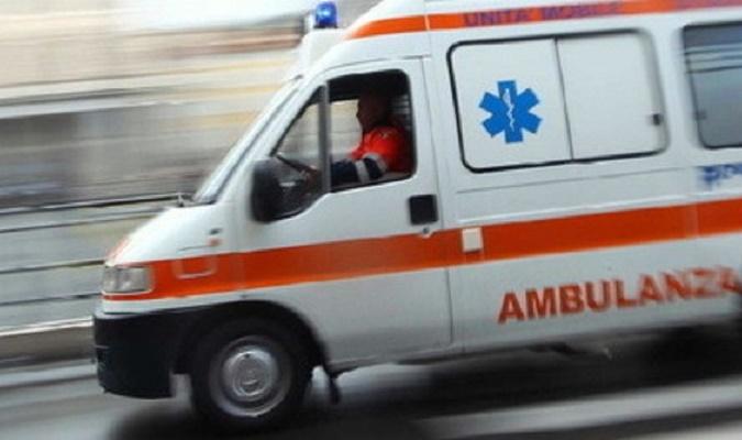 Ancora incidenti sulle strade della Tuscia: impatto tra due auto sulla Teverina, 3 feriti