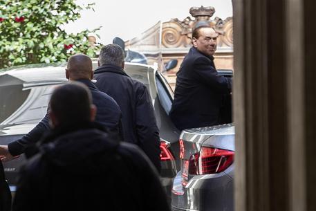 """Vertice cdx nazionale: """"Presidenza del Senato a noi, la Camera al M5s"""", Forza Italia insiste su Paolo Romani"""