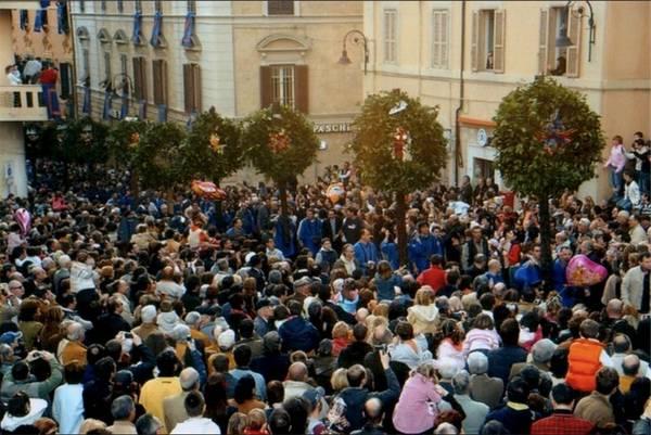 """Pasqua 2018: la """"Processione del Cristo Risorto"""" a Tarquinia, un evento imperdibile"""