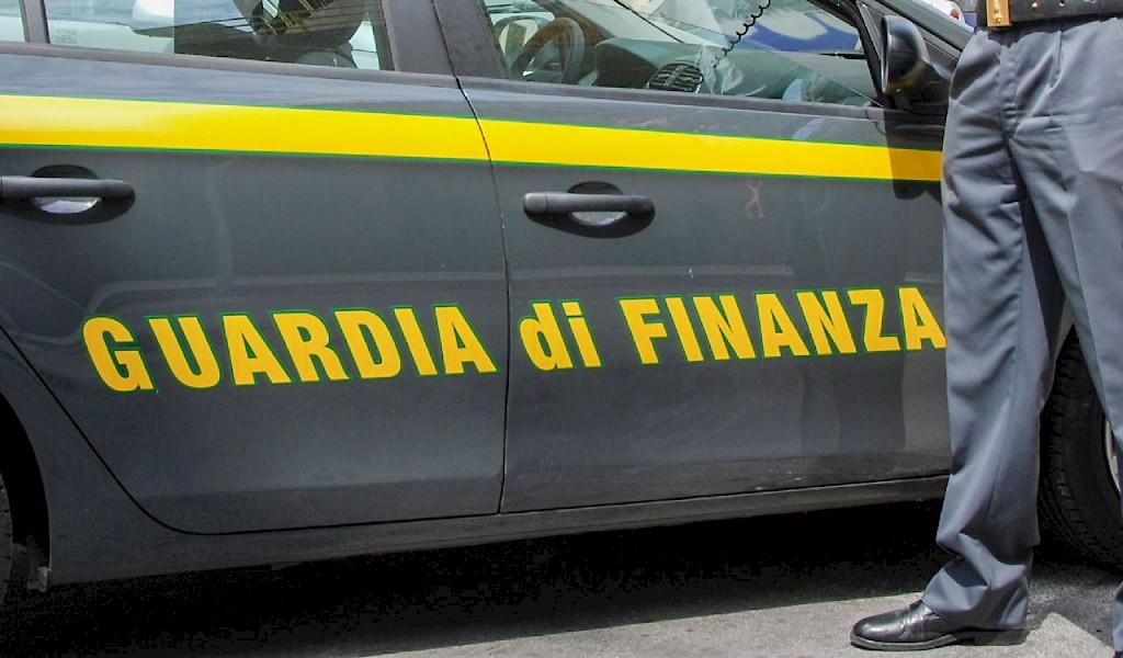 Riscuote la pensione di 1800 euro della nonna morta da dieci anni