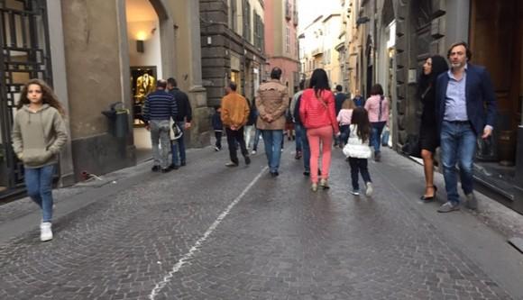 Viterbo, il deserto dei pigri: e su, che camminare fa molto meglio alla salute di Fb, su, move on up