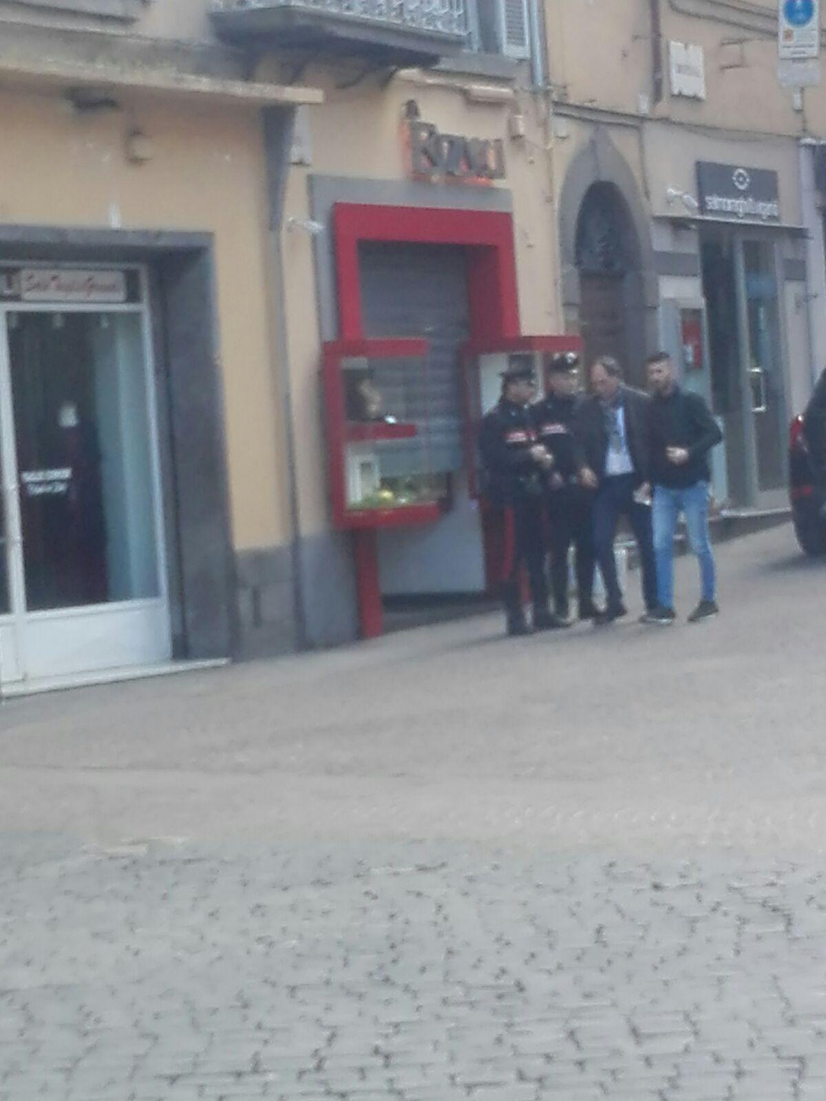 Viterbo, rapina a mano armata ad una gioielleria in pieno centro: altro probabile colpo di criminalità organizzata