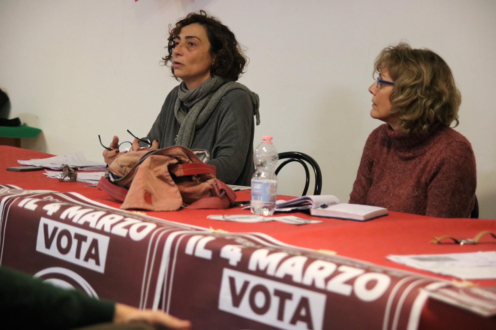 """Politiche, – 2 al voto: le """"domande finali"""" a Roberta Leoni, candidata alla Camera per Potere al Popolo"""