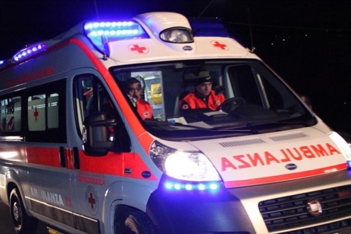 Si ribalta furgone con extracomunitari, 2 morti e 6 feriti