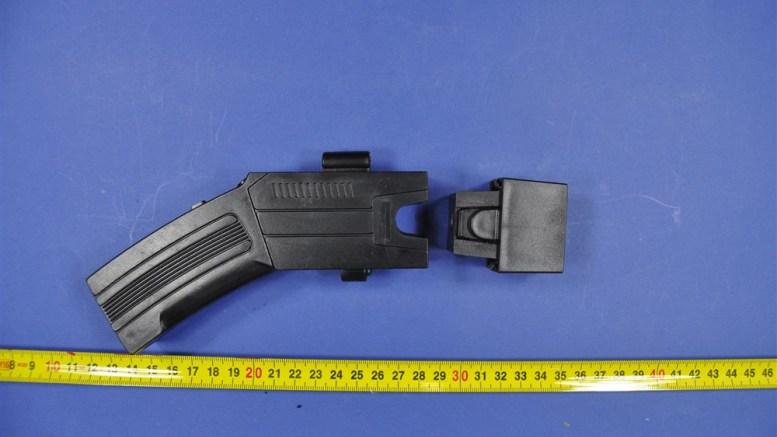 Acquapendente, Carabinieri sequestrano deposito di armi anti-aggressione e armi bianche illegali