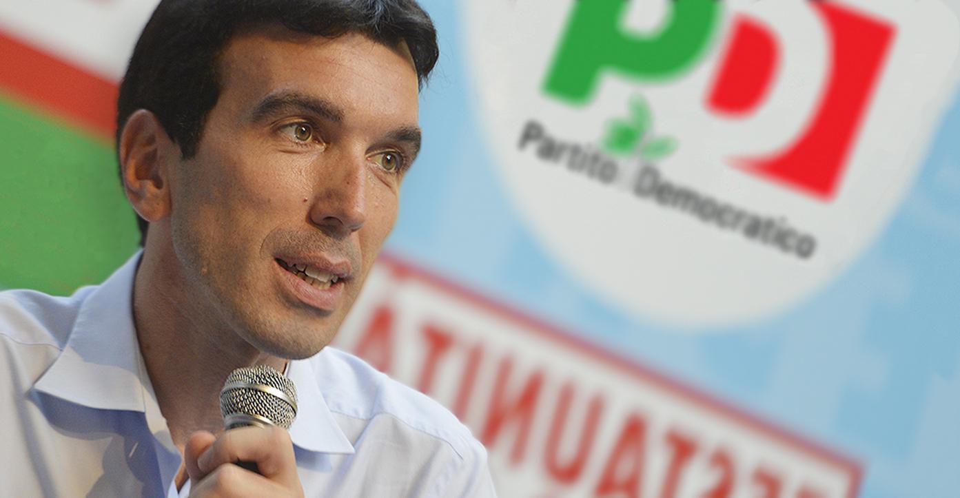 """Tensione alle stelle nel Pd, Martina a Renzi: """"Così il partito si estingue"""""""