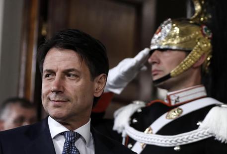 """Governo, Conte incaricato da Mattarella: """"Sarò avvocato difensore degli italiani, nasce il governo del cambiamento"""""""