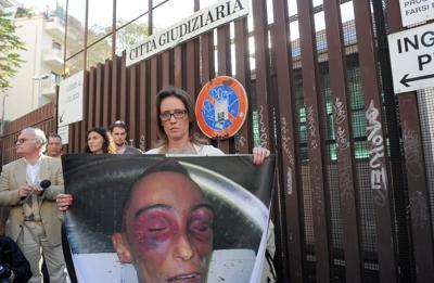 """Cucchi, carabiniere in aula: """"Mi dissero che era stato massacrato dai colleghi"""""""