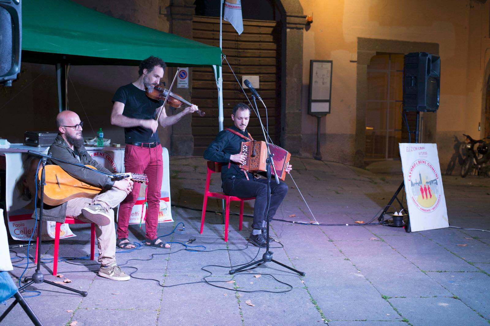Comunali: serata di musica e cultura della Lista Lavoro e Beni Comuni a Piazza del Gesù
