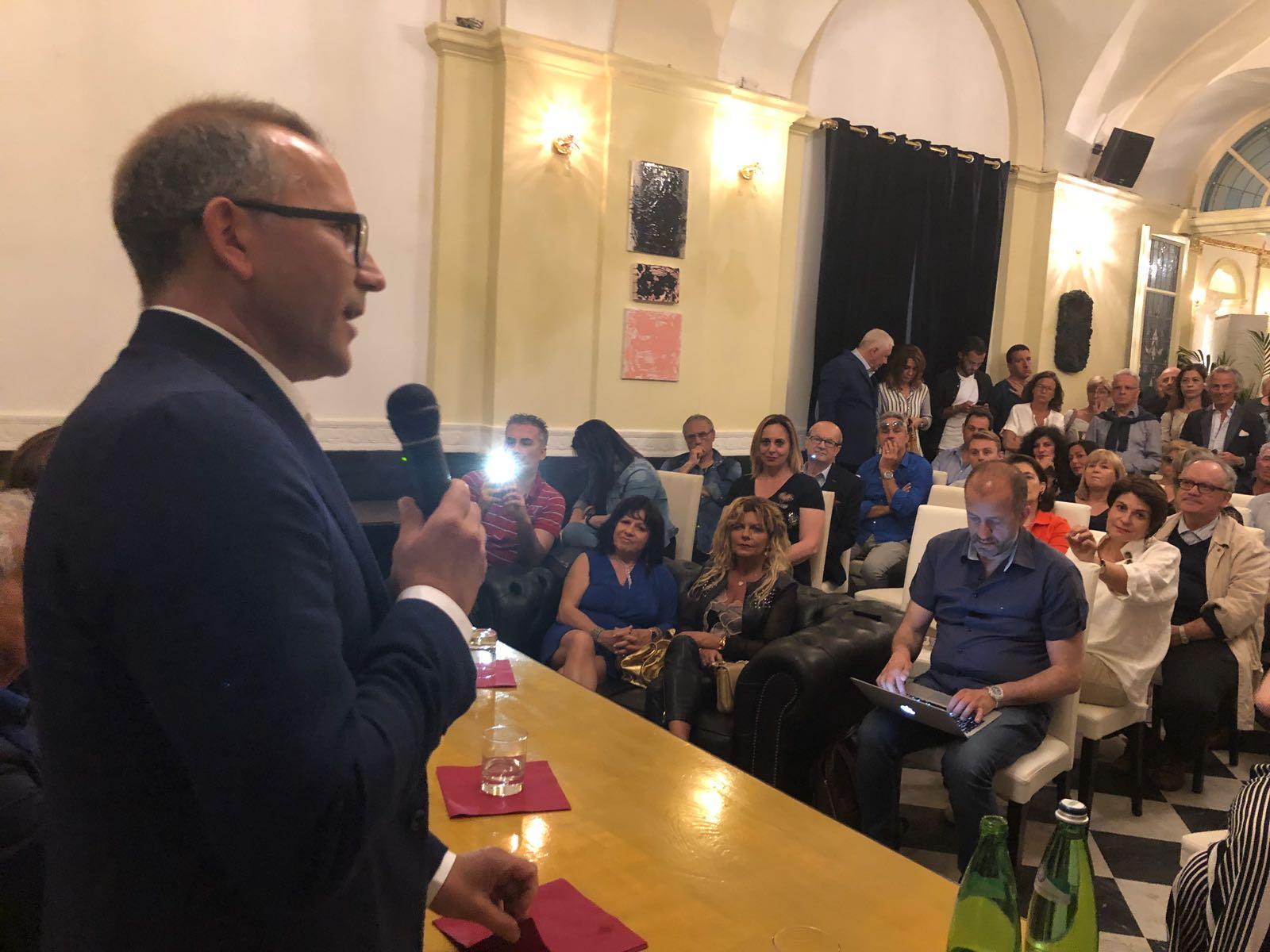 """Comunali: """"Farò politica come servizio pubblico, il mio lavoro già ce l'ho"""", cittapaese.it incontra il candidato Fabrizio Purchiaroni (Forza Italia)"""