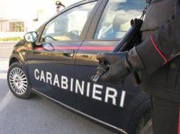 Carabinieri, posto blocco