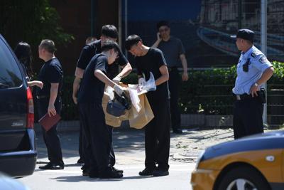 Scoppia ordigno davanti ambasciata Usa a Pechino, molti i feriti