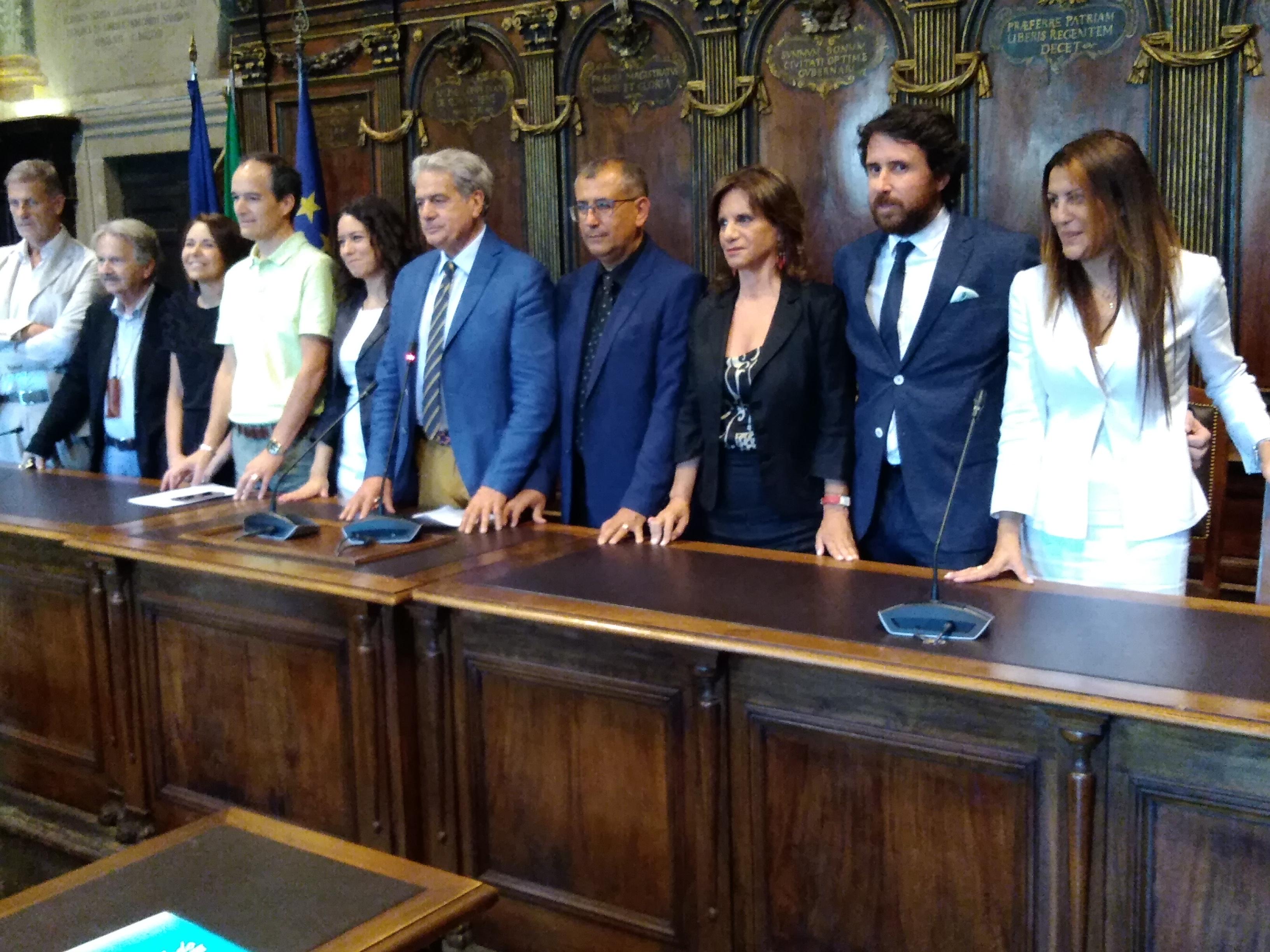 """Palazzo dei Priori: riunione di maggioranza col broncio (e i """"casi Muroni e Insogna"""" da risolvere)"""