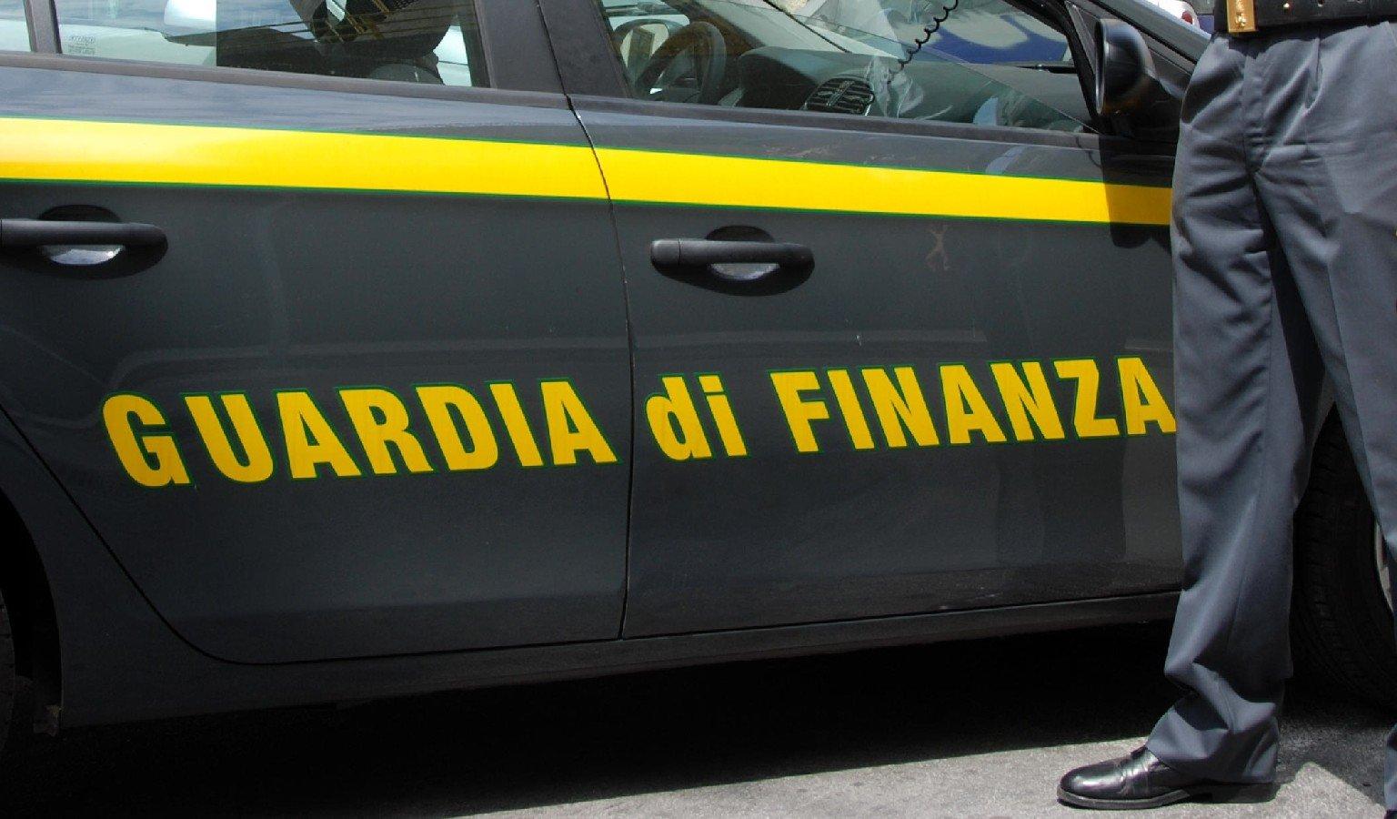 Montalto, riciclaggio di oro usato: un arresto della Guardia di Finanza