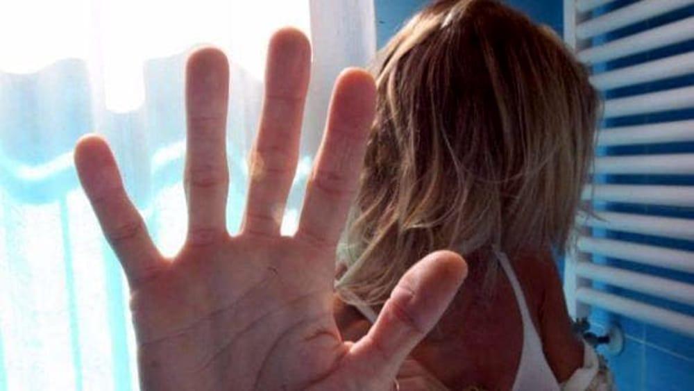 """Turista inglese denuncia: 'Io stuprata due volte"""""""