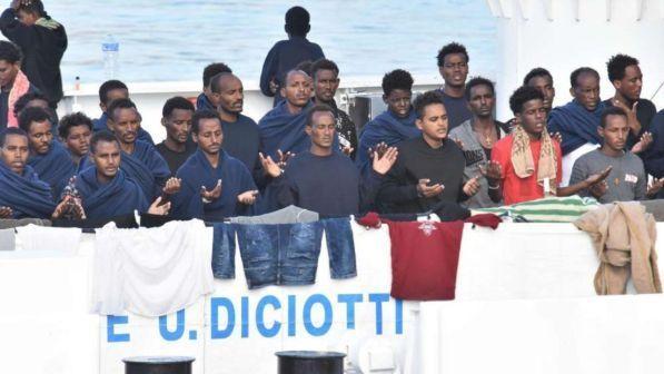 """Caso Migranti-Diciotti, il Presidente Fico:""""Fate sbarcare i migranti"""""""