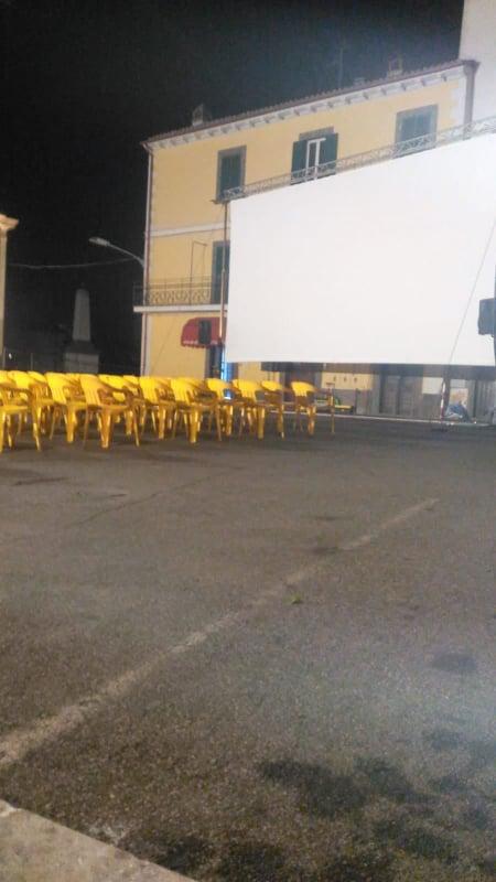 Viterbo, cinema in piazza: la rassegna del comune parte malissimo a Grotte Santo Stefano, un caos totale, senza presidio medico nè polizia nè vigili