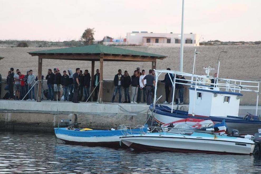 Lampedusa, sbarcano 184 immigrati, il Viminale attacca Malta