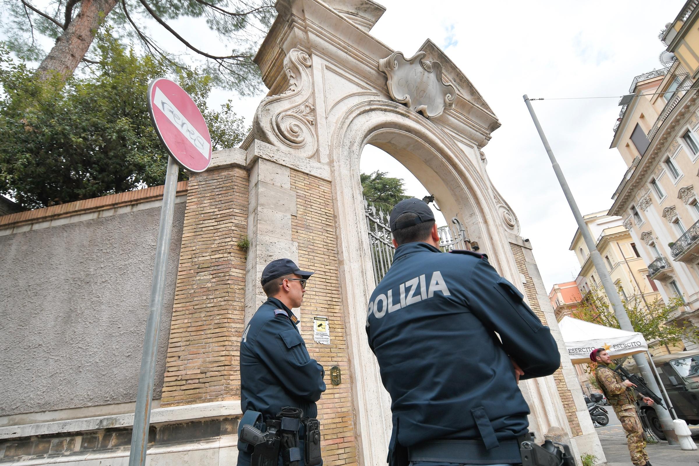 """Giallo Orlandi e le ossa alla Nunziatura apostolica,  Fonti ecclesiastiche: """"Sono di ebrei"""""""