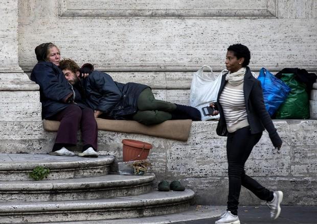 Sono 5 milioni i poveri in Italia, più di un milione i bambini e i ragazzi: 20% in più in dieci anni