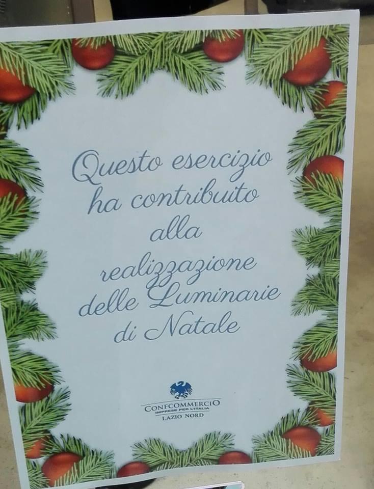 """Natale alla viterbese: """"chi ha pagato le luminarie,chi sarà?"""", i commercianti buoni e quelli cattivi e quegli orribili fogli sui negozi """"paganti"""""""
