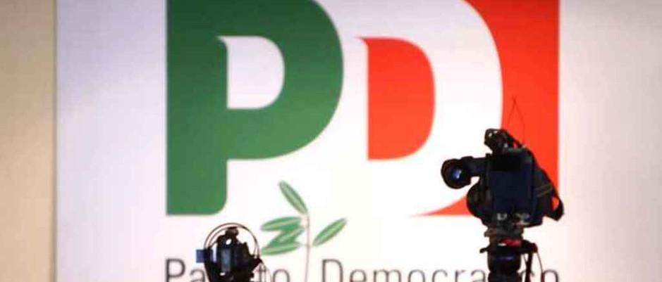 La politica nazionale: il pd si è distrutto da solo, senza iscritti e senza soldi, la bancarotta è vicina