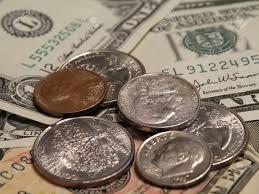 Viterbo, piano commercio: il divieto ai Money Change in centro, l'ultima trovata geniale